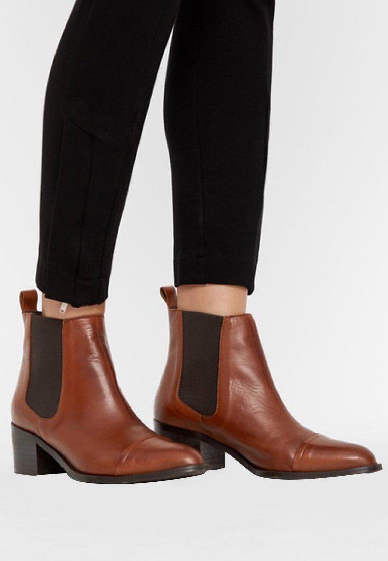 Bianco - Classic ankle boots - cognac
