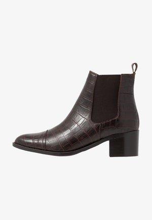 BIACAROL DRESS CHELSEA - Boots à talons - dark brown