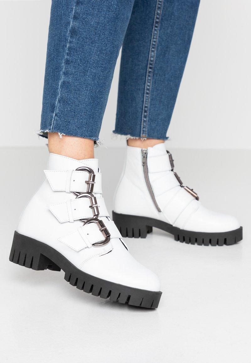 Bianco - BIACECILE TRIPLE BUCKLE BOOT - Cowboy/biker ankle boot - white