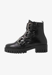 Bianco - BIACECILE TRIPLE BUCKLE BOOT - Cowboy/biker ankle boot - black - 1