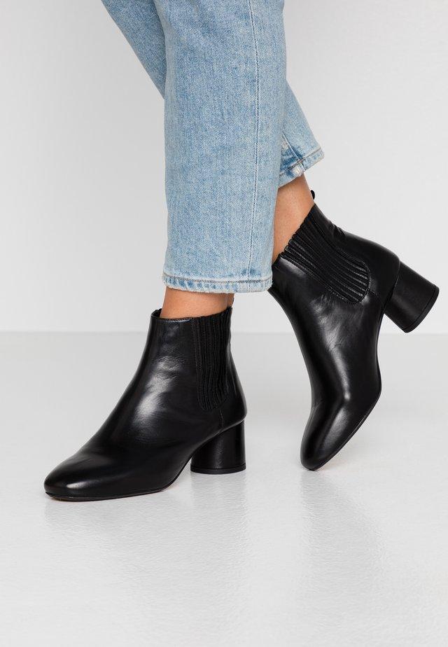 BIACALLIOPE CHELSEA - Ankle Boot - black