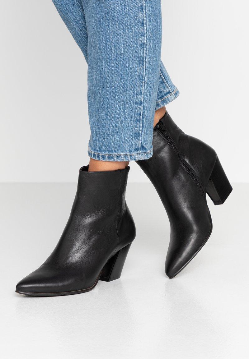 Bianco - BIACELESTE ZIP - Ankle boots - black
