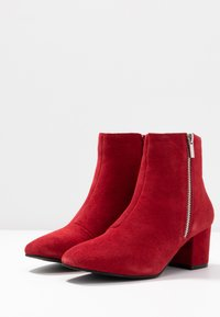 Bianco - BIACEIL ZIP - Ankle boots - winered - 4