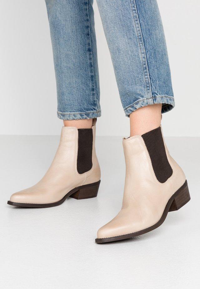 BIACOCO CHELSEA WESTERN - Kotníkové boty - natural