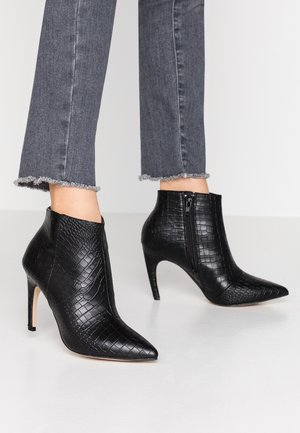 BIACHERRY CURVED - High heeled ankle boots - black