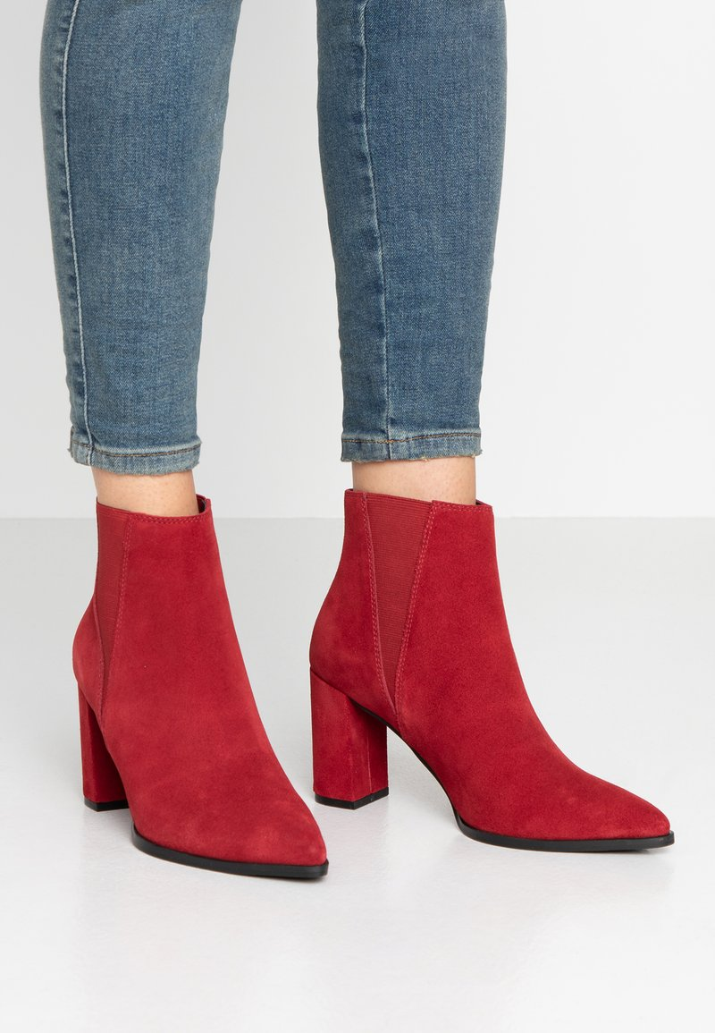 Bianco - BIABRINA CHELSEA BOOT - Ankle boots - winered