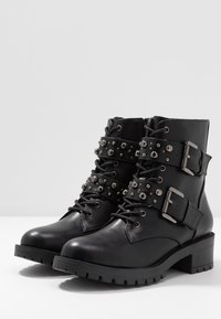 Bianco - BIACLAIRE STUD BELT BOOT - Stivaletti texani / biker - black - 4