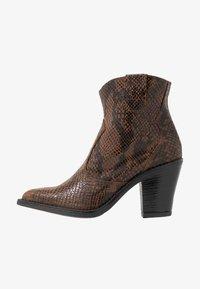 Bianco - BIADIRA SNAKE WESTERN BOOT - Ankle boots - dark brown - 1