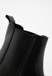 Bianco - BIACYAN CHELSEA BOOT - Classic ankle boots - black - 2