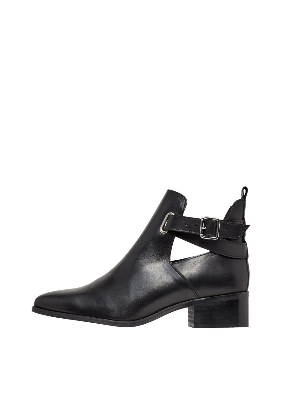 Bianco Ankle boot - black