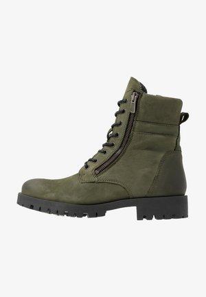 BIACOLLINS BOOT - Stivaletti stringati - army green