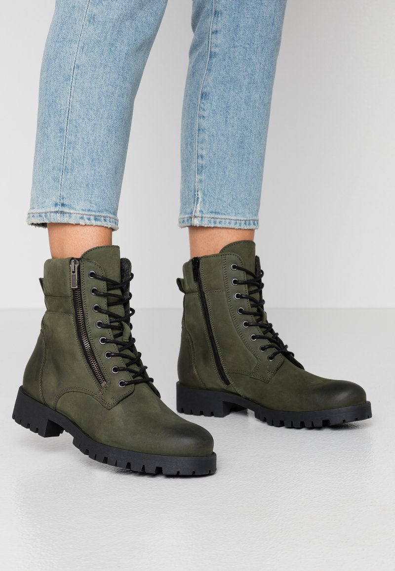 Bianco - BIACOLLINS BOOT - Lace-up ankle boots - army green