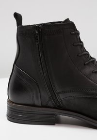 Bianco - LACED UP BOOT - Lace-up ankle boots - black - 5
