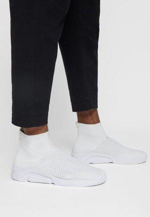 BANNER - Sneakers hoog - white