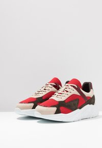 Bianco - BIACALIX - Sneakers basse - red - 2