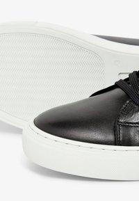 Bianco - Sneakers laag - black - 5