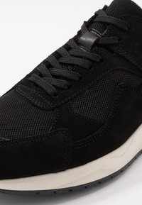Bianco - BIADAKOTA - Sneakersy niskie - black - 5