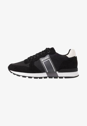 R610 - Trainers - black
