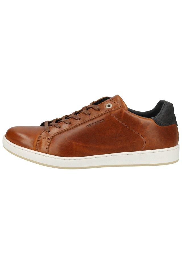 Sneakers - tan 2100