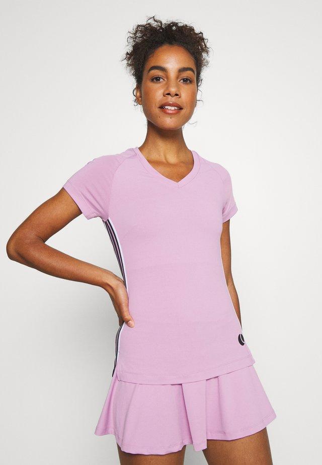 TESIA TEE - T-shirt z nadrukiem - violet tulle