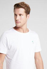 Björn Borg - SUMMER TEE - Print T-shirt - white - 3
