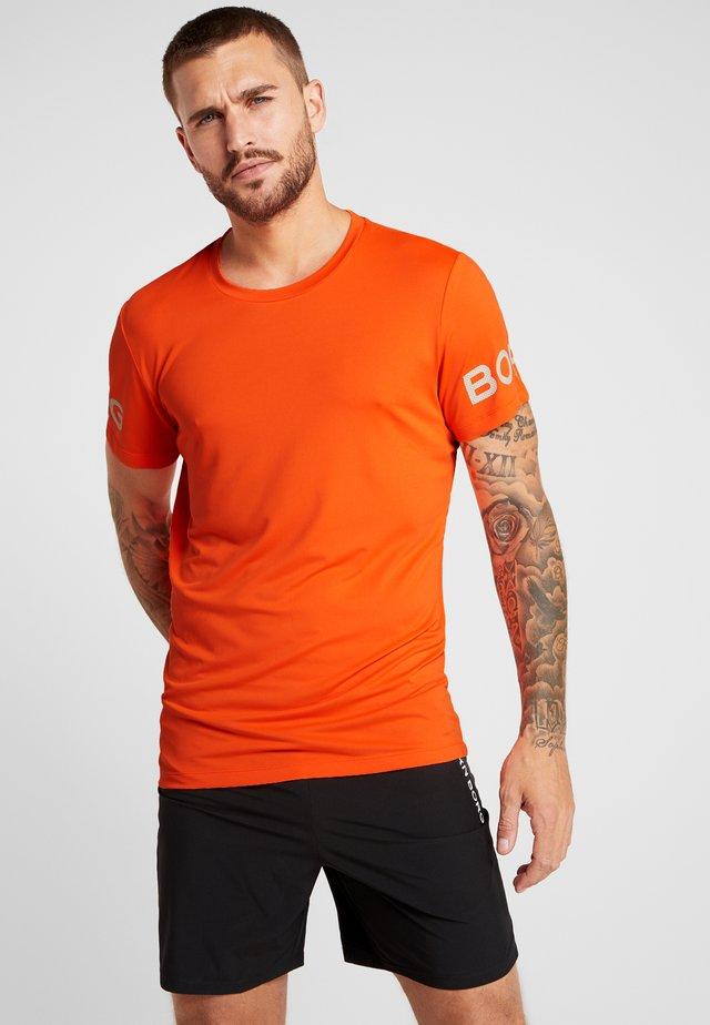 TEE  - T-shirt med print - shocking orange
