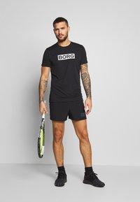 Björn Borg - ATOS TEE - T-shirt med print - black beauty - 1