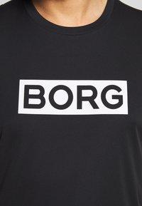Björn Borg - ATOS TEE - T-shirt med print - black beauty - 4