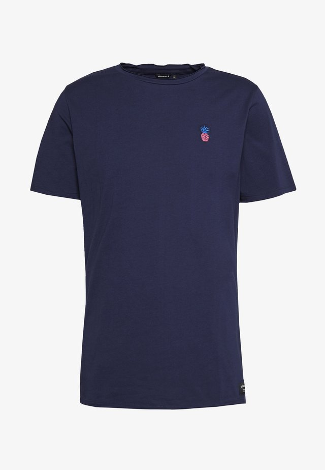 SWIMSHOP TEE SPECIAL - Basic T-shirt - peacoat