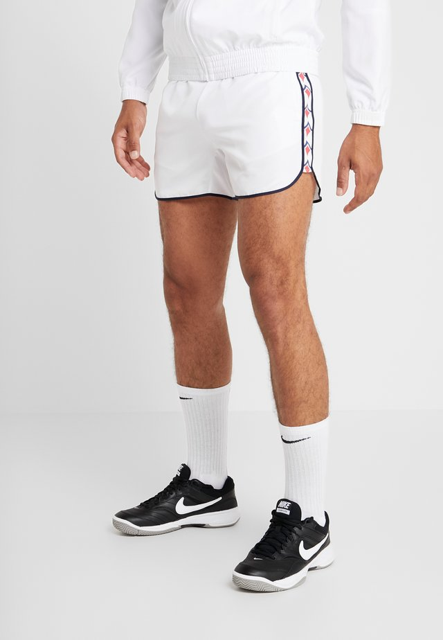WIND SHORTS ARCHIVE - Träningsshorts - brilliant white