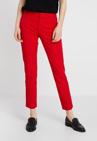 Banana Republic - SLOAN SOLIDS - Kangashousut - ultra red - 0
