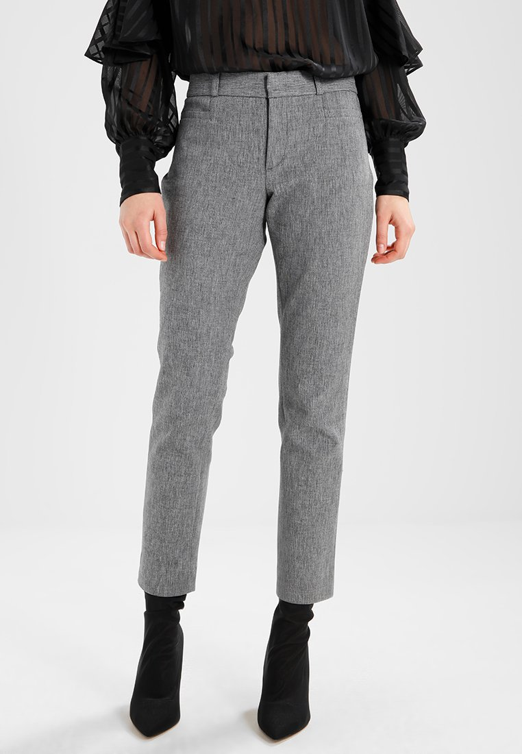 Banana Republic - SLOAN TEXTURE PANT - Trousers - heathered charcoal