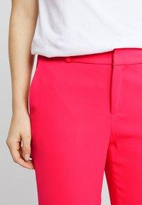 Banana Republic - AVERY CREPE SOLID PANT - Pantaloni - hot pink - 4