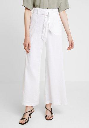 HIGH RISE WIDE LEG TIE WAIST FULL LENGTH - Kalhoty - vwhite