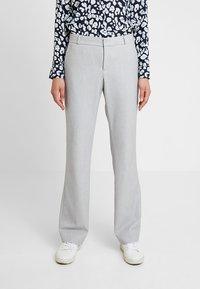 Banana Republic - LOGAN BIRDSEYE - Pantalon classique - grey - 0