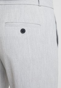 Banana Republic - LOGAN BIRDSEYE - Pantalon classique - grey - 6