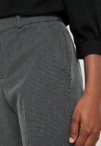 Banana Republic - AVERY PINDOT - Pantaloni - black/white - 3