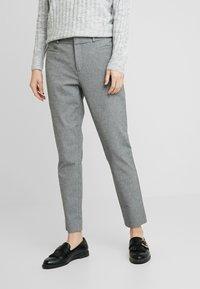 Banana Republic - SLOAN TEXTURE PANT - Trousers - dark grey - 0