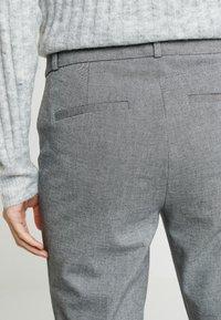 Banana Republic - SLOAN TEXTURE PANT - Trousers - dark grey - 4