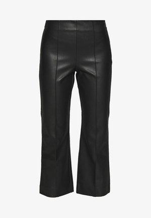 CROP KICK FLARE VEGAN - Bukser - black