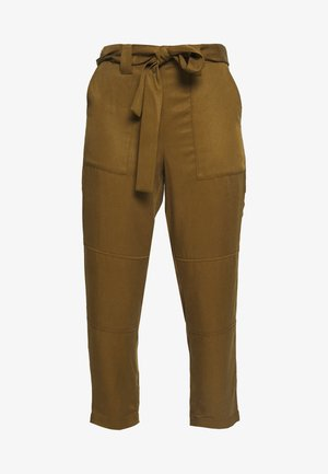 UTILITY STRAIGHT TIE WAIST PANT SOLIDS - Trousers - cindered olive