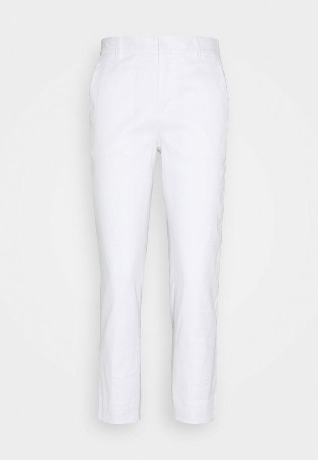 AVERY - Spodnie materiałowe - white
