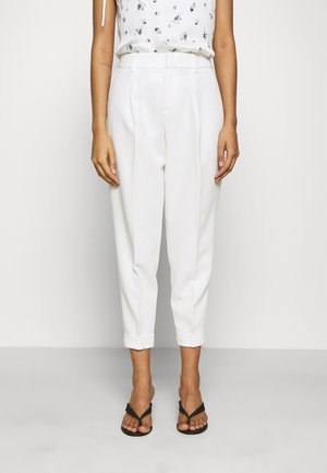 PLEATED CUFF PANT - Stoffhose - snow day