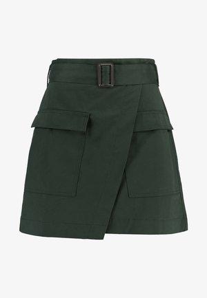 UTILITY POCKET SKIRT - Falda acampanada - flight jacket