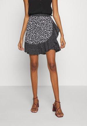 RUFFLE MINI SKIRT - Wrap skirt - black