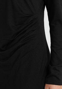Banana Republic - SIDE TWIST COZY SHEATH DRESS - Sukienka z dżerseju - black - 5