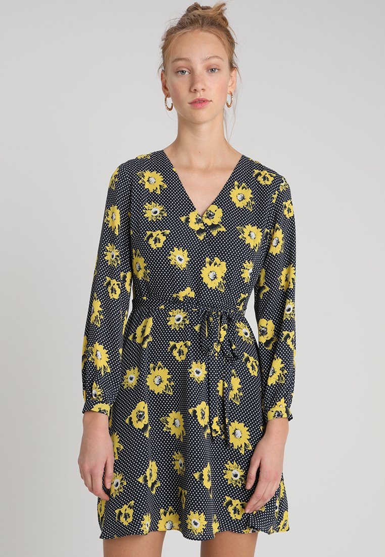 Banana Republic - FAUX WRAP DRESS SARANDA FLORAL - Freizeitkleid - yellow