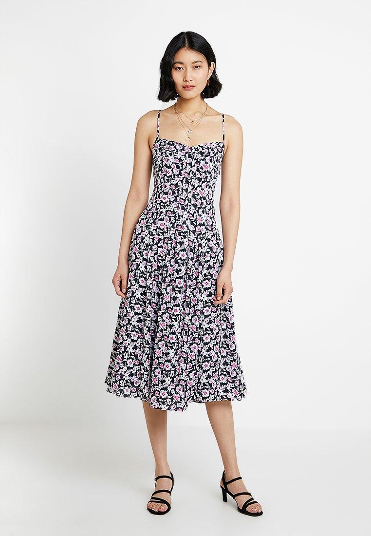Banana Republic - PINTUCK DRESS PRINT - Robe d'été - rose
