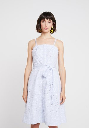 STRAPLESS BUTTON DOWN EMBROIDERED - Day dress - light blue