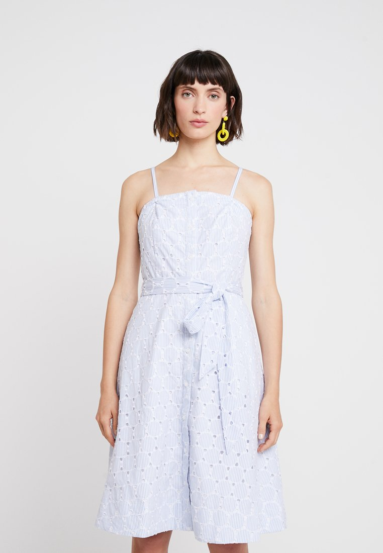 Banana Republic - STRAPLESS BUTTON DOWN EMBROIDERED - Vapaa-ajan mekko - light blue